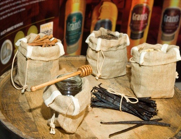 Rustic-Bags-At-Event