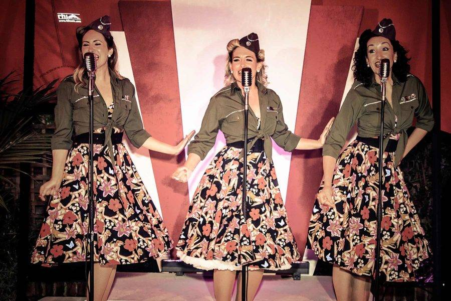 1940s three female singers