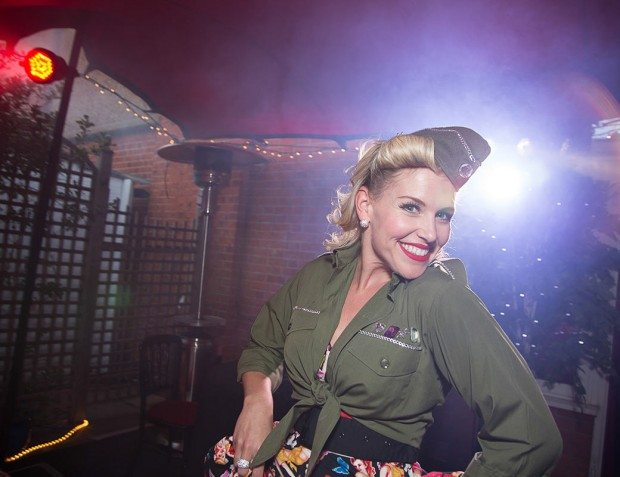 1940s Party Performer