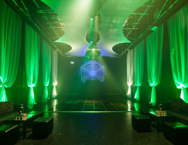 Oceans 11 Theme Party With Green Light