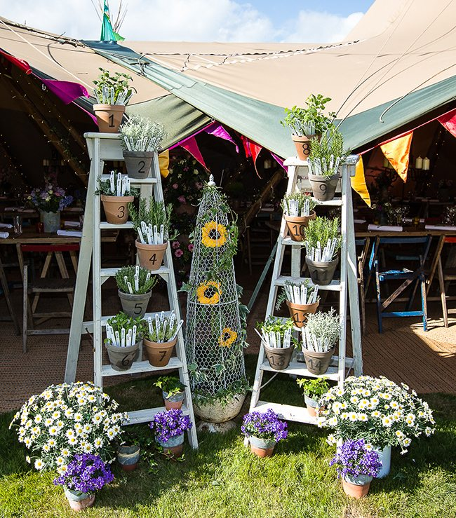 Summer party seating plan using flower pots