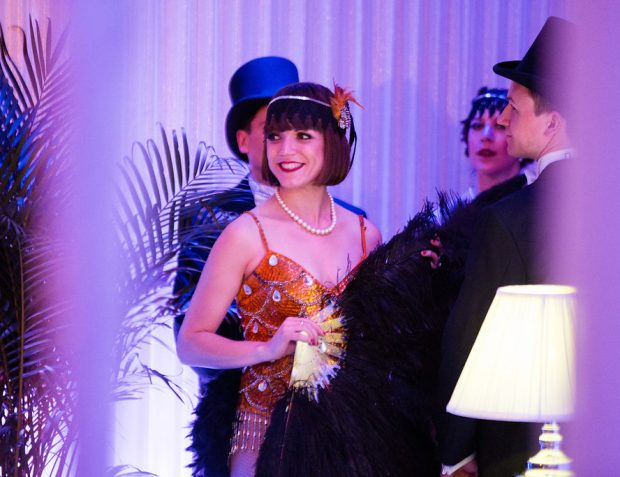 Great Gatsby inspired roaring twenties themed party guests