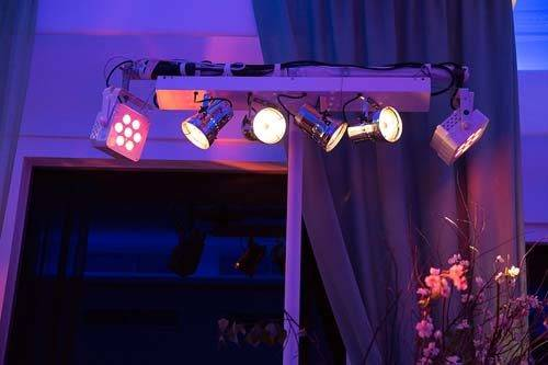 modern London wedding lighting