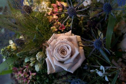 modern wedding London flowers