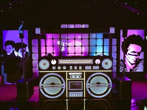 80s themed DJ booth