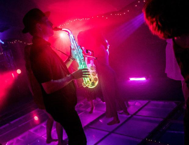 LED sax