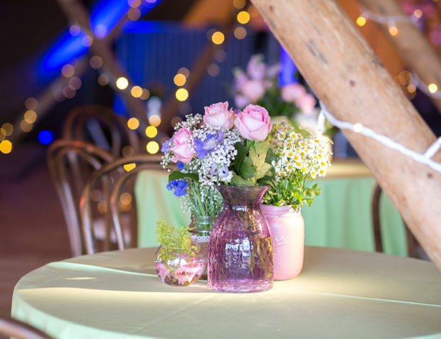Table Styling Tipi Summer Party