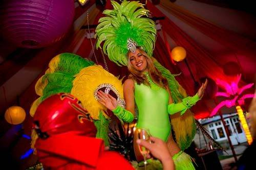 carnival entertainers