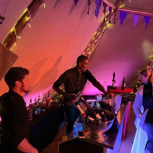 Cocktail barmen